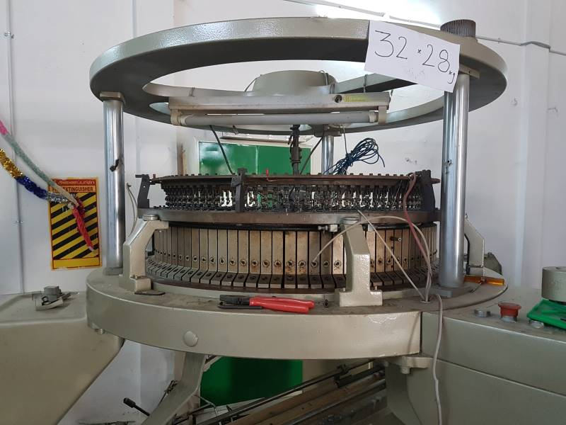 USED 3 THREAD FLEECE  CIRCULAR KNITTING MACHINES FOR SALES